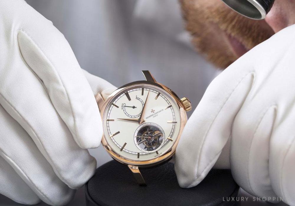 đồng hồ cơ mang lại giá trị đẳng cấp