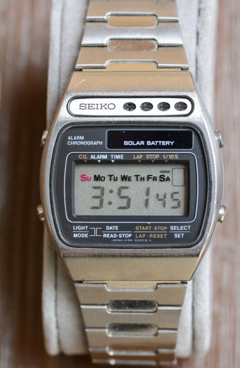 Đồng hồ bấm giờ báo thức năng lượng mặt trời Seiko 1978
