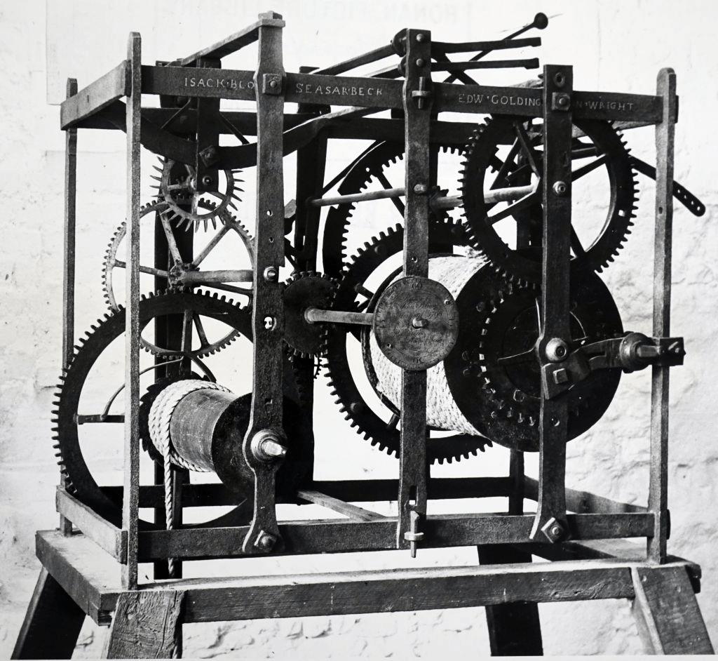 Cơ chế đồng hồ vào thế kỷ thứ 17 từ thị trấn Waltham Abbey, Essex